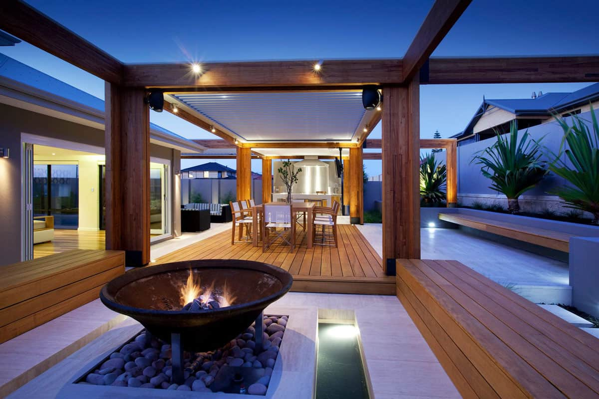 What Are Some Different Styles of Backyard Fireplaces?
