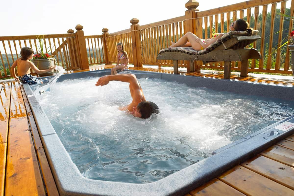Jacuzzi Hot Tubs AZ | Sundance Spas AZ