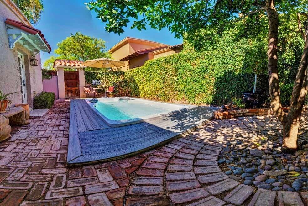 Imagine Backyard Living Hot Tub Spa Jacuzzi Sundance (18)