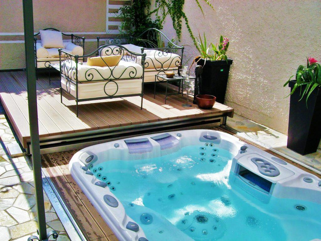 imagine-backyard-living-hot-tub-spa-jacuzzi-sundance-12
