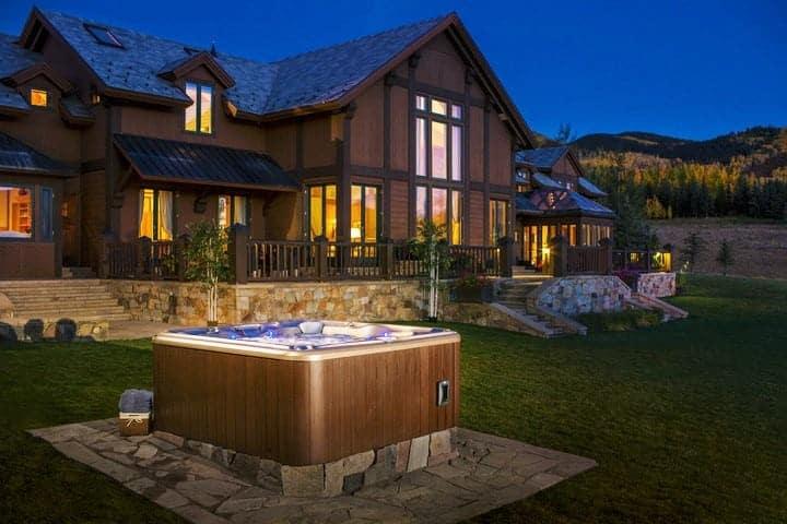 imagine-backyard-living-hot-tub-spa-jacuzzi-sundance-55
