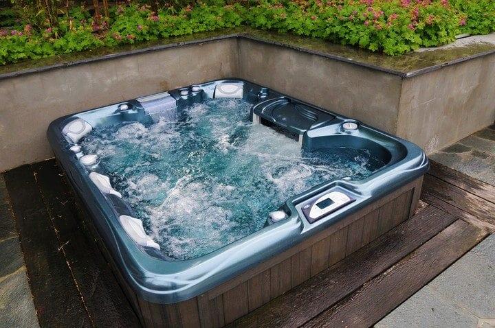 Imagine Backyard Living Hot Tub Spa Jacuzzi Sundance (27)