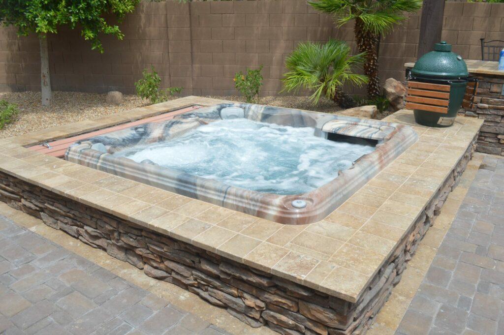 Imagine Backyard Living Hot Tub Spa Jacuzzi Sundance (59)