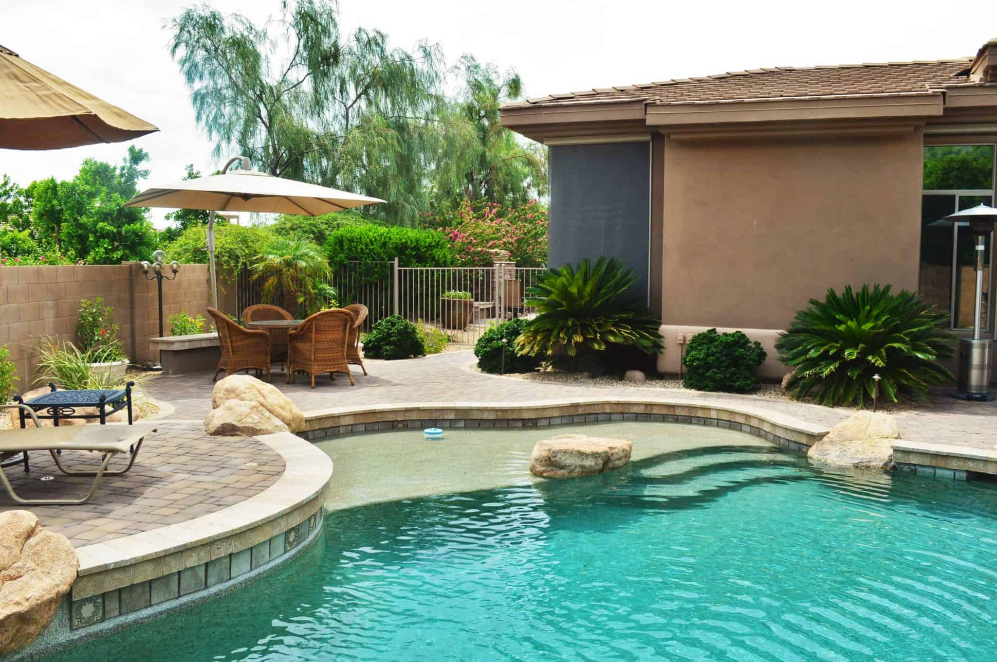 imagine backyard living tub spa jacuzzi sundance 1