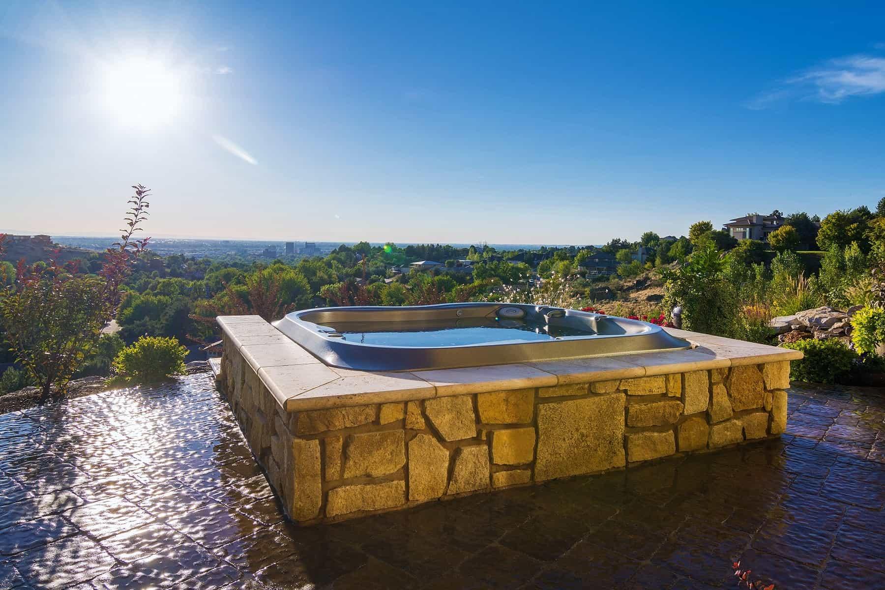 Imagine Backyard Living Hot Tub Spa Jacuzzi Sundance (29)