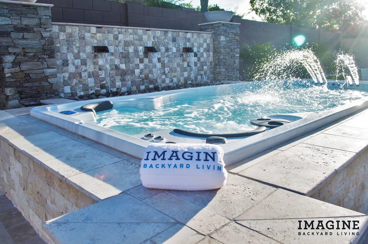 Imagine Backyard Living Hot Tub Spa Jacuzzi Sundance (13)