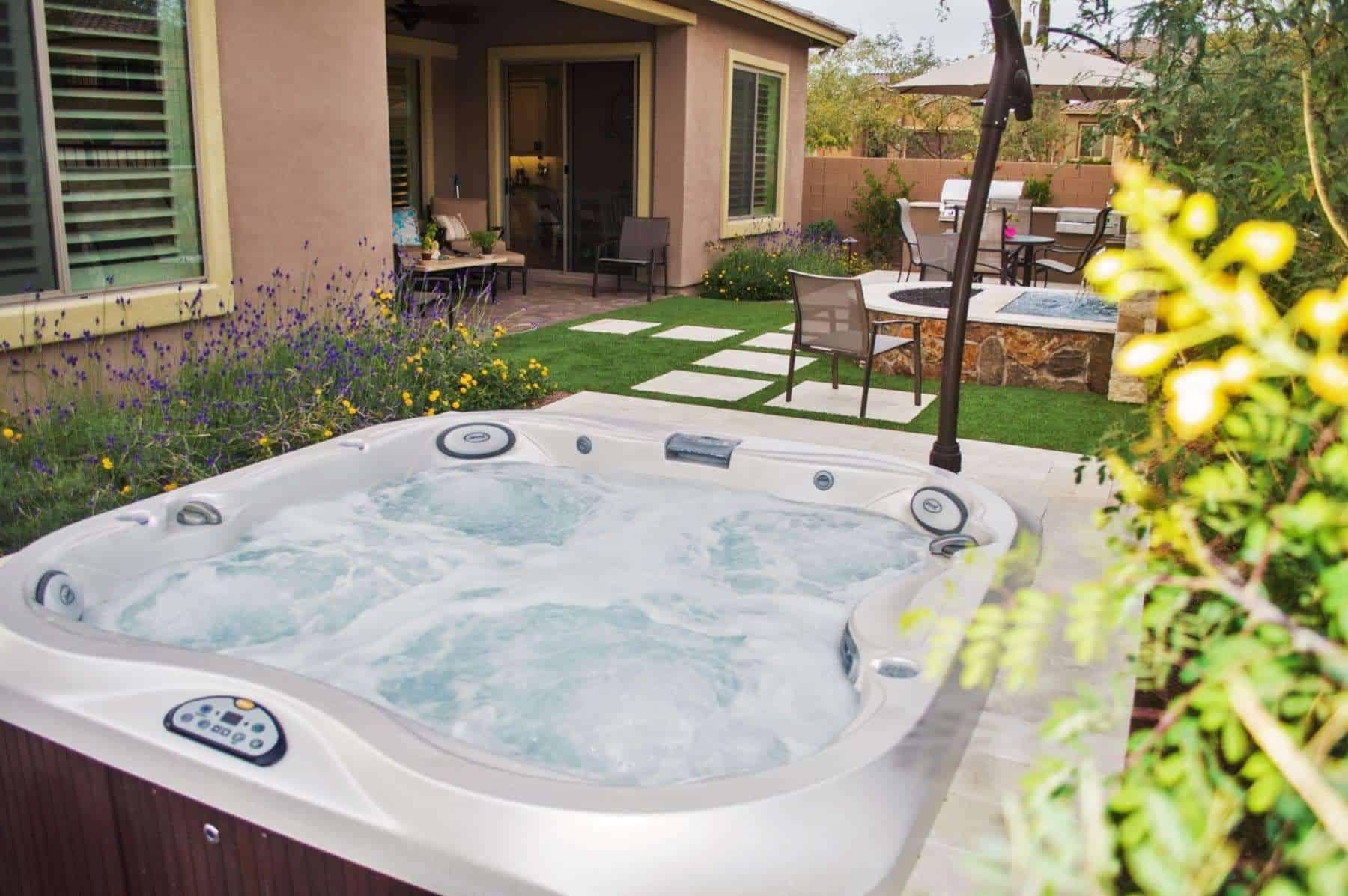 Imagine Backyard Living Jacuzzi Hot Tub